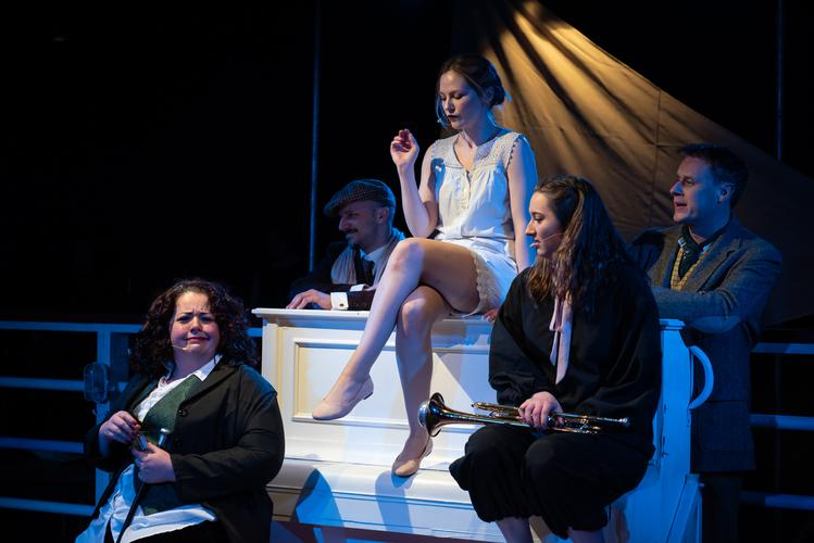 Twelfth Night - Review - The Rose Playhouse Fancy some Shakespeare with a live jazz band?