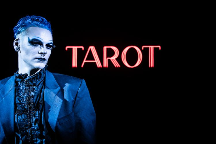 Tarot - Review - Vault Festival 78 Reasons why Tarot is a Psychic Extravaganza!