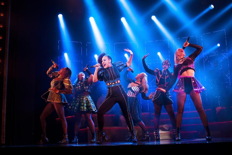 SIX will be the first West End musical to reopen since Lockdown - News The Queens are back