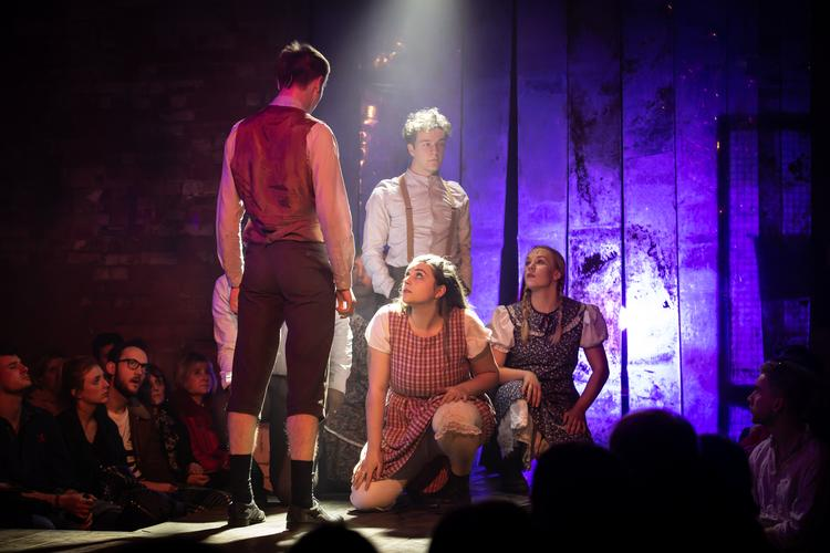Spring Awakening – Review -Frogmore Papermill It's spring in Apsley..