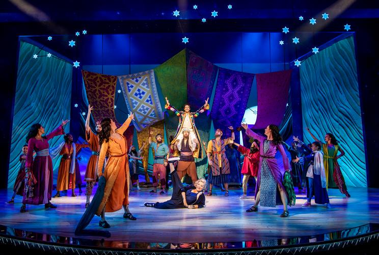 Joseph and the Amazing Technicolor Dreamcoat - Review - London Palladium A star is born