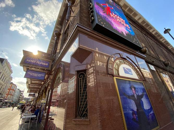 Can theatres survive other six months of restrictions? - News Thousands of jobs are at risk