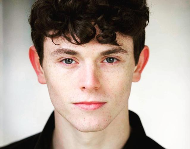 Charlie Stemp, Actor Review A great actor, singer and dancer...