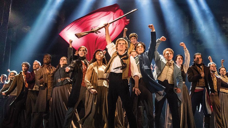 Les Miserables Tour - News The show is back on tour