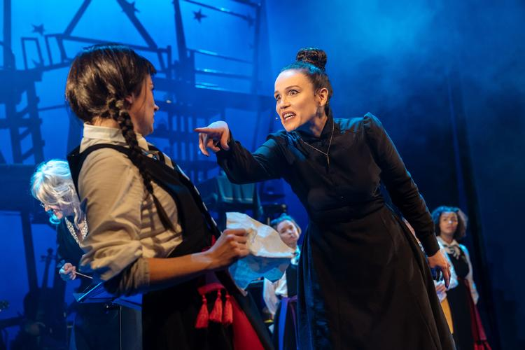 The Worst Witch - Review - Vaudeville Theatre A production for all the family