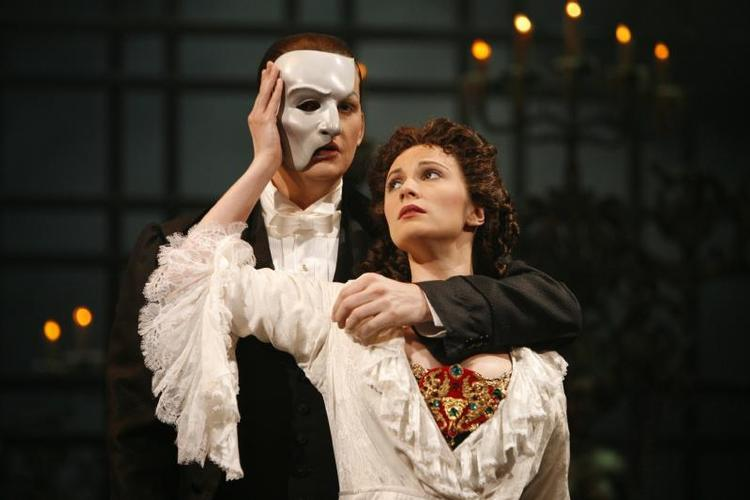A new Phantom of the Opera Movie - News Paris? No, New York. Today.