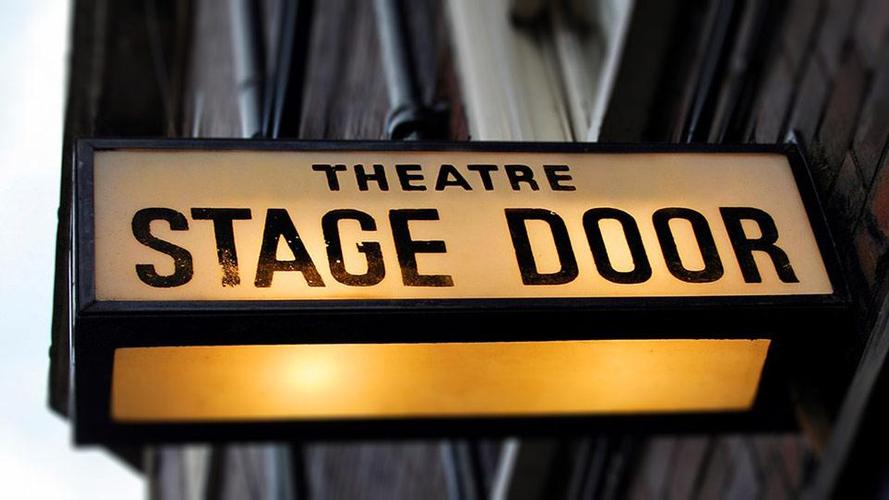 Stage Door, Goodbye? - News Coronavirus hits the stage door