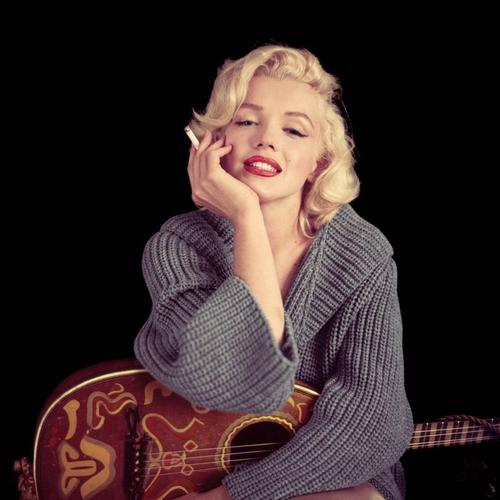 The Life And Death Of Marylin Monroe Review: Four Stars A play that will be loved by Marylin's fans and appreciated by the ones who don't know her so well yet.
