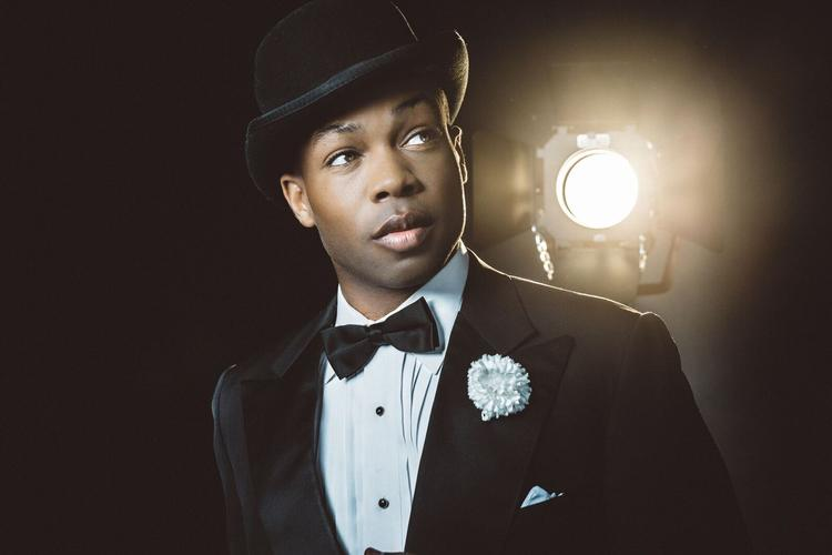 STAR of RuPaul's Drag Race TODRICK HALL to star as Billy Flynn in CHICAGO - NEWS There is a new Billy Flynn in town...