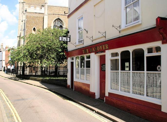 The Hanover Inn is a traditional English public house offering an informal and friendly atmosphere in the heart of historic Old Harwich. We're a Freehouse offering real ales, real cider and a range of other drinks. The harbour area is very popular with visitors who particularly enjoy the beautiful scenery along the Stour and Orwell. There are many footpaths and cycle tracks along the riversides and birdwatchers are well catered for with feeding waders on extensive mudflats on both rivers and three reserves within easy reach. Harwich is also at the end of the Essex Way, which finishes just a few metres from The Hanover Inn.