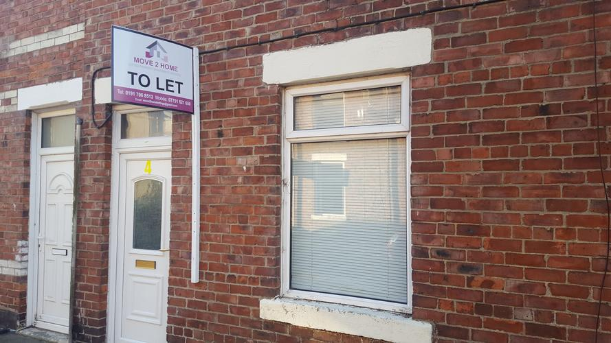 2 bed house for sale bishop auckland co durham £29.950 cash buy 2 bed house for sale offers around £29.950 cash buy great investment  yeild of 10%  of rental