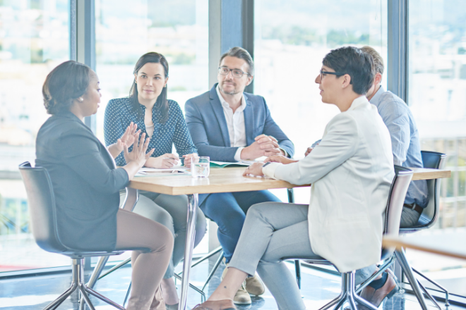 How to manage a team: The end of the interim's 'outsider' feeling | Oakwood Resources Refresh your interim management skills and learn how to manage a project team effectively without feeling like an outsider.
