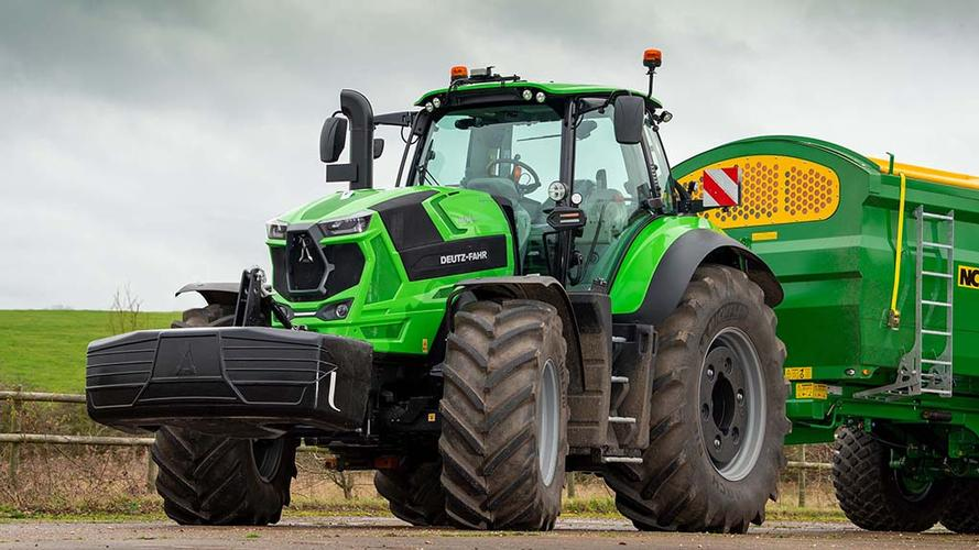 New Deutz-Fahr 8280 TTV An exciting development from Deutz-Fahr sees the introduction of its new 8 Series model.