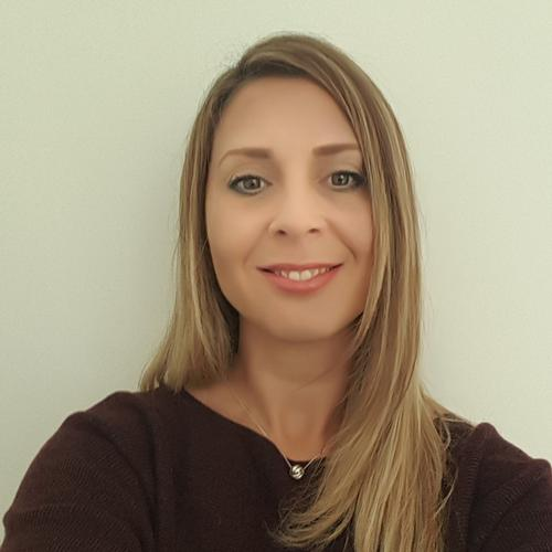 Emma Curzon An experienced marketing professional with over 20 years experience working with companies and brands to help maximise their visibility to their target customers.