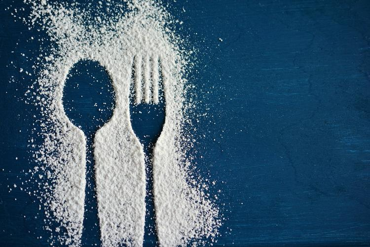 Cancer and diet series: Part 1- does sugar feed cancer? Part 1 of a 5 part cancer and diet series busting the most common myths I come across in my daily practice.