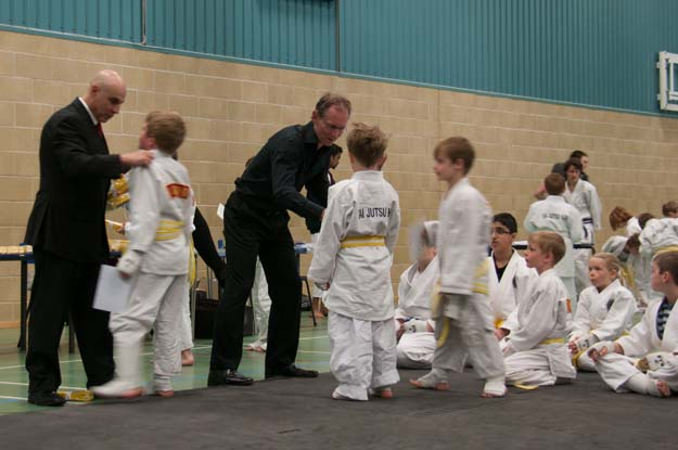 7th Dec: Mini Grade (Going for Yellow w/s and Yellow) 7th Dec: Mini grade for Yellow w/s and Yellow at Charlton Kings Infant School