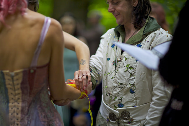 Handfasting Handfasting is the origin of the phrase 'tying the knot', which means 'to get married'...