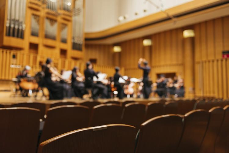 Music Theatre Wales perform Between Waking and Dreams Hebrides Ensemble commission Between Waking and Dreams will be performed by Music Theatre Wales in the Dora Stoutzker Hall at Royal Welsh College of Music and Drama, conducted by Michael Rafferty.