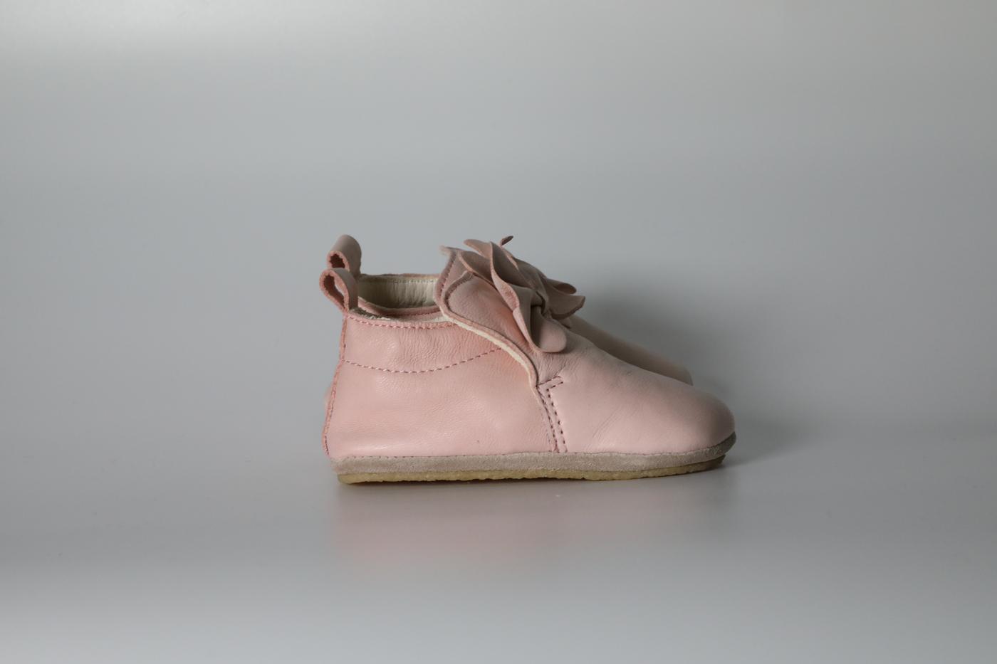 Comfy Peach pram shoes