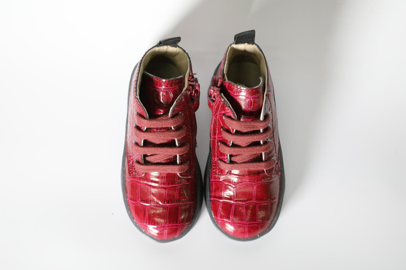 Magenta snakeskin styled kids boots