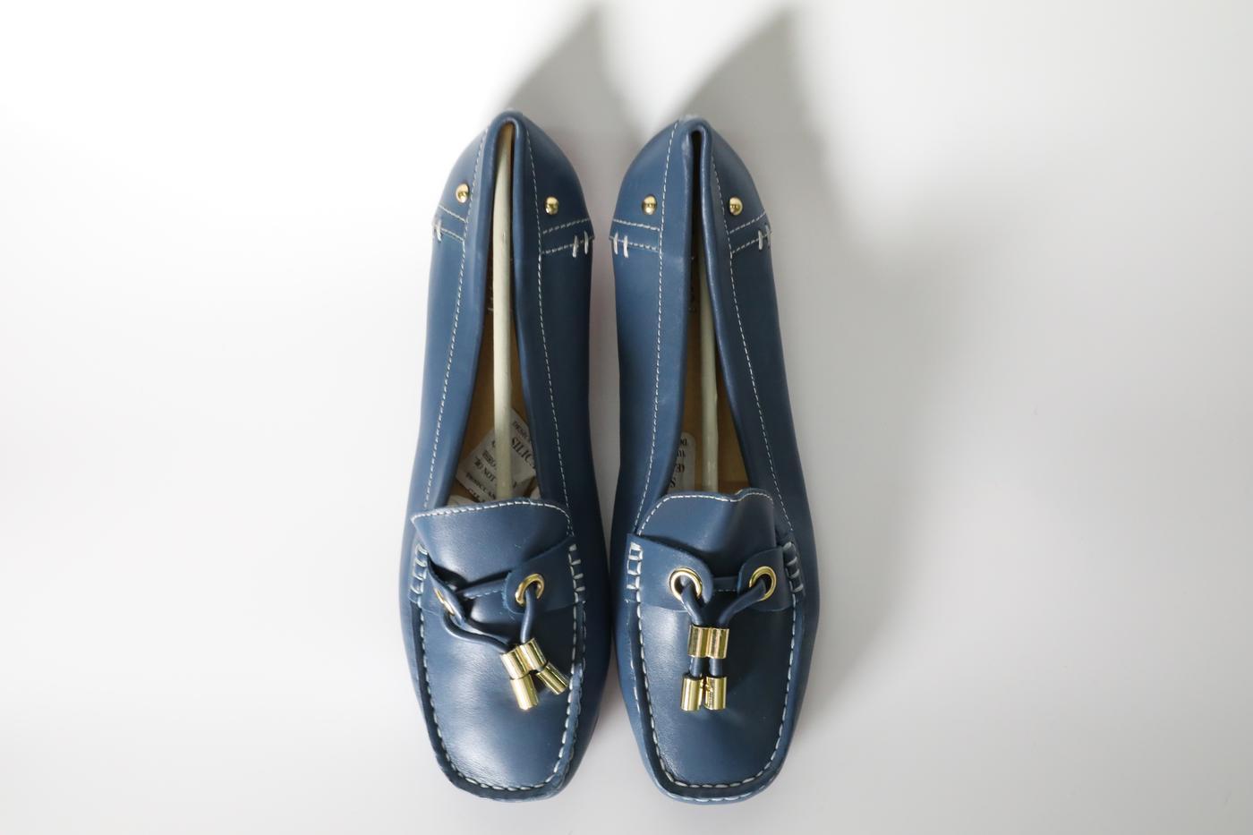 Navy blue boat shoe