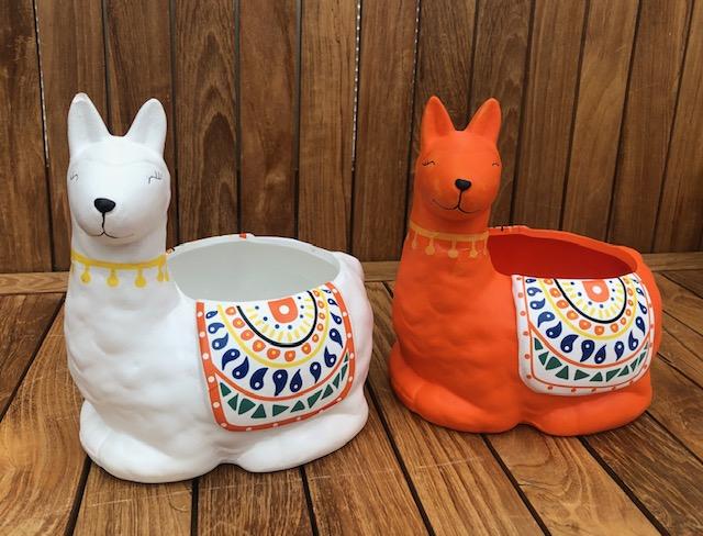 Llama Pot White