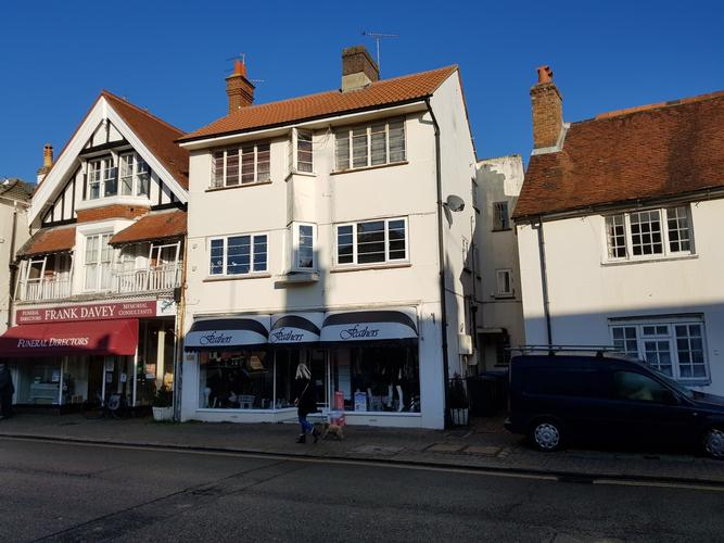 Hurstpierpoint High Street.  Building survey and Freehold investment valuation.