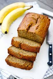 The best banana bread recipe Let's look at the history of banana bread, where did it actually come from? It wasn't until the 1900s that bananas were available in the united states as a result of the antithetical climate to southeast Asia. Once basic refrigeration was improved the transportation of bananas increased and they became more readily available to American consumers. Bananas then became incorporated into baking during the 1930s as a result of the great depression and an increase in baking soda and powder mass production. The combination of these two events collided to create the banana bread craze.