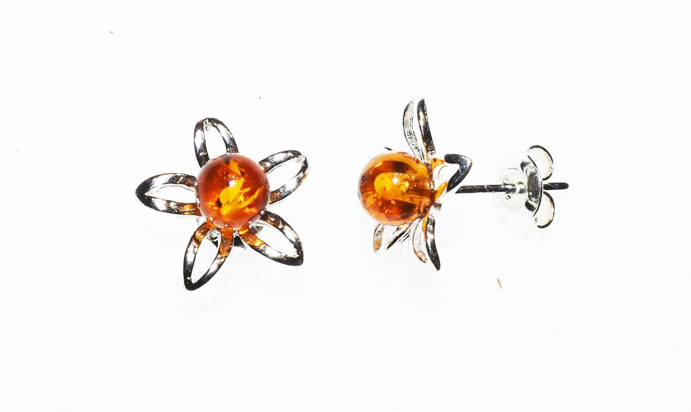 Floral stud earrings hand crafted from Baltic amber and  sterling  silver  (E-391)