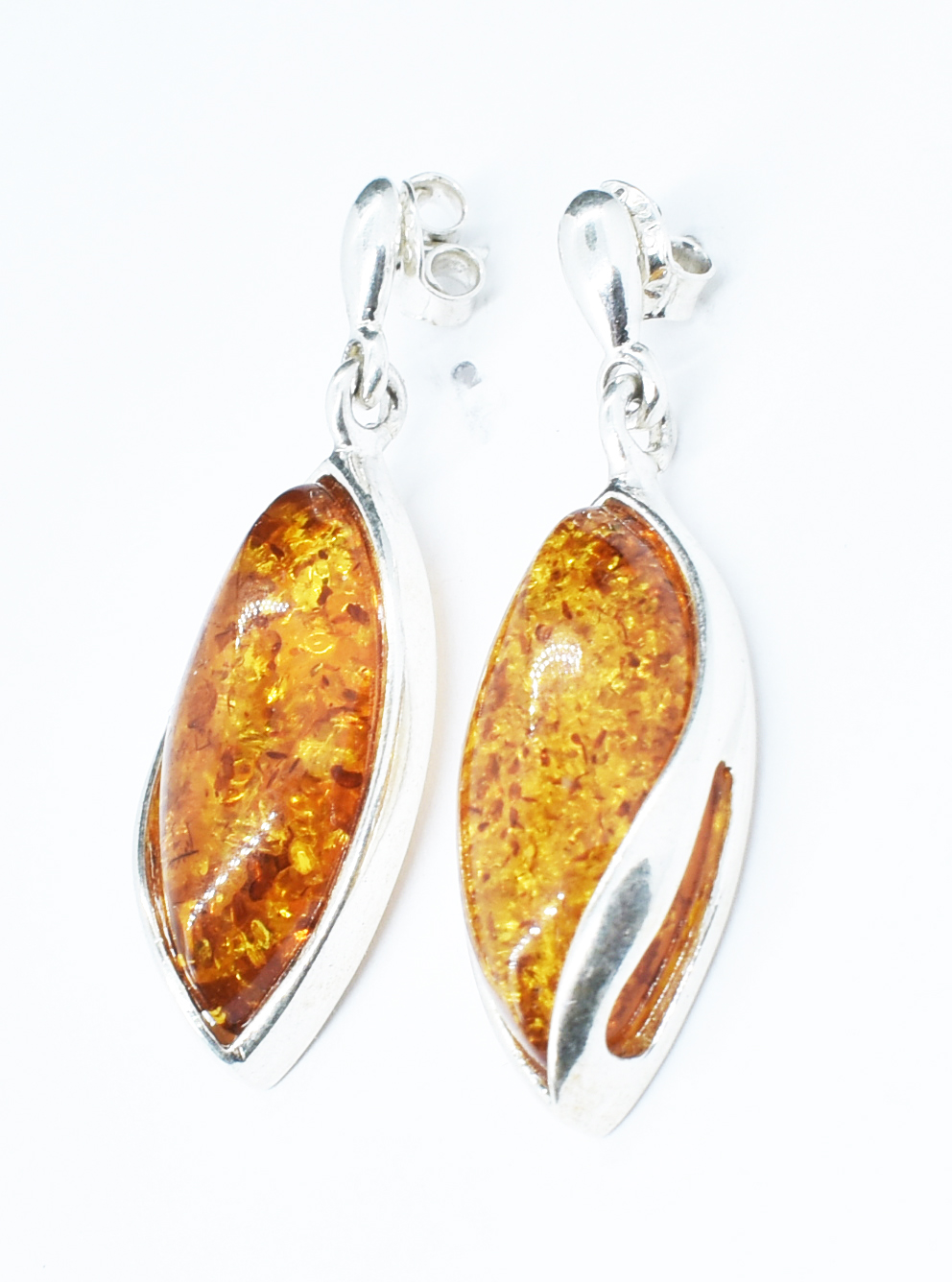 Hand crafted amber and silver earrings  (E-625)
