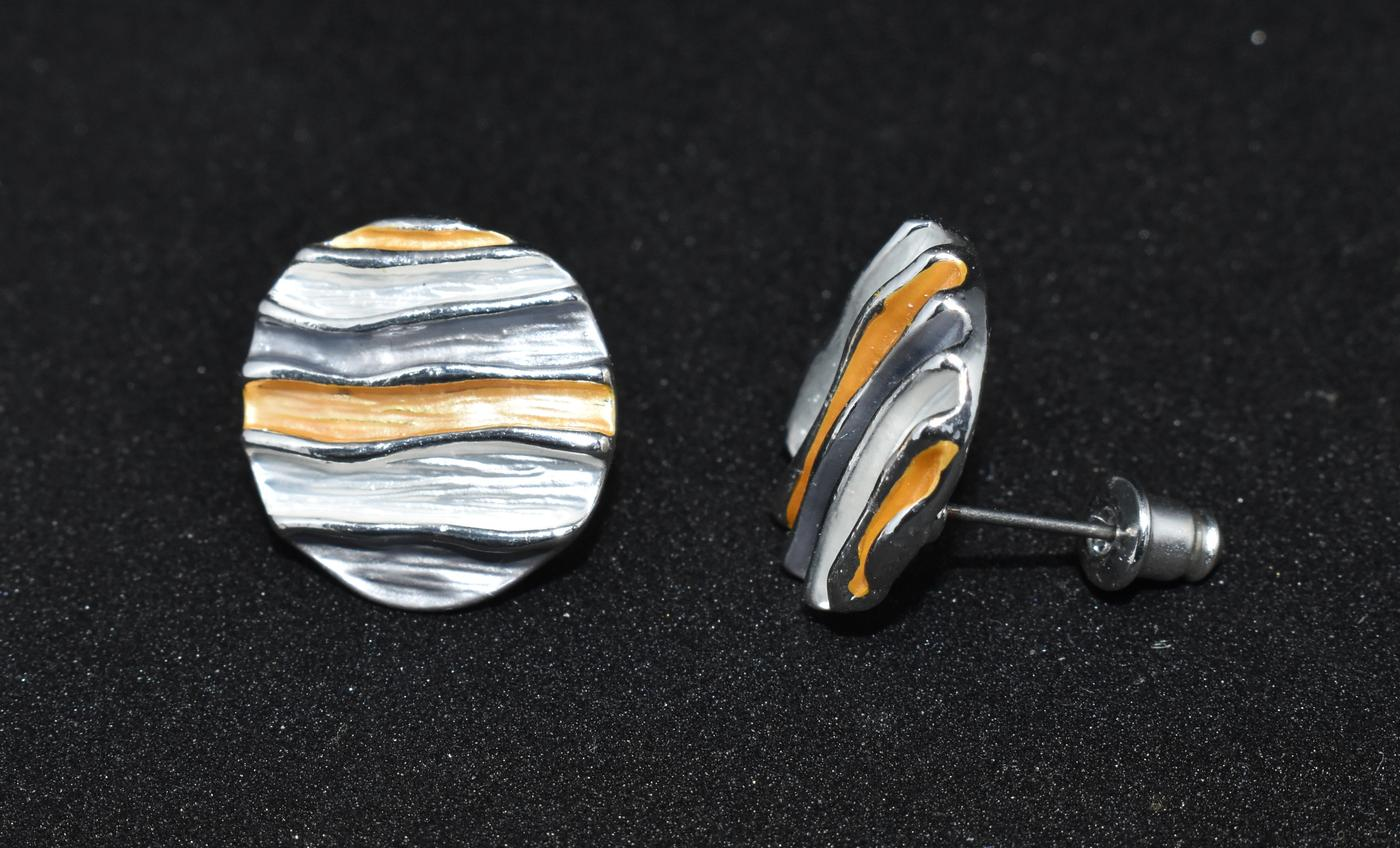 Multicolour sea wave stud  earrings. 16mm in diameter.