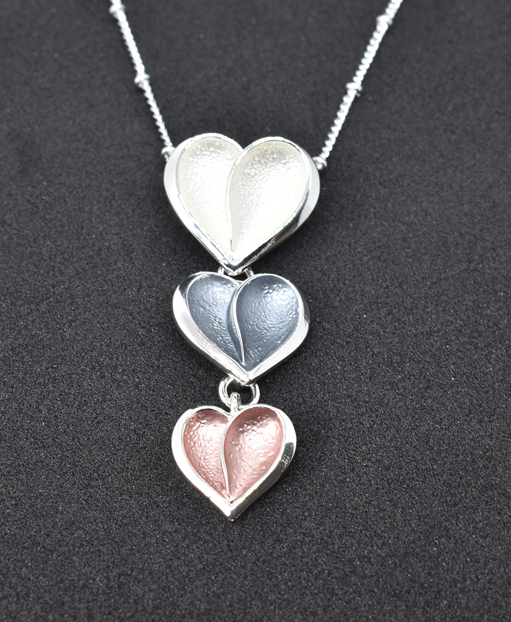 Three hearts in mix colours fashion pendant  (GRN-06)
