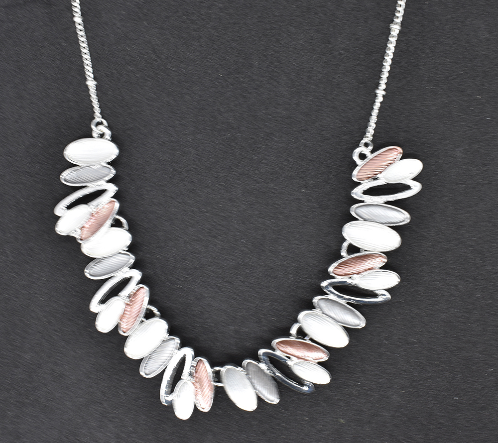 Mix colour shell fashion necklace  (GRN-09)