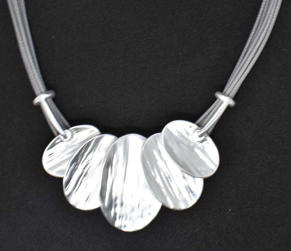 Silver fashion necklace  (GRN-10)