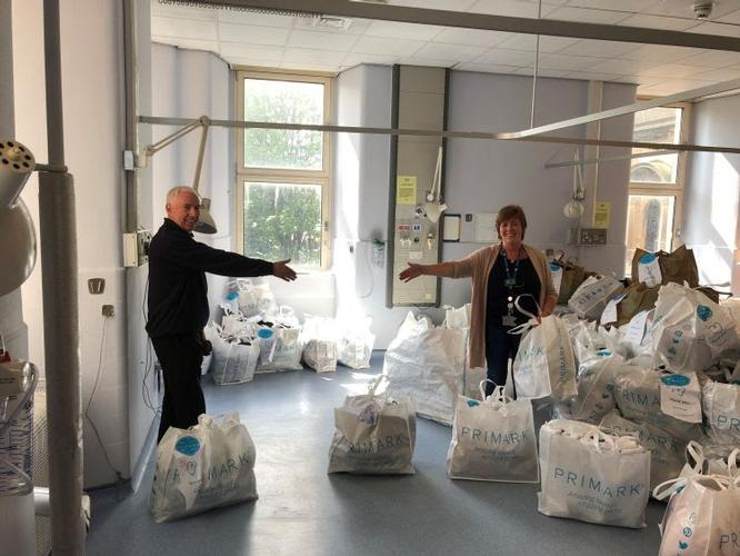 Primark donate much-needed nightwear and slippers to patients in Glasgow Due to Covid-19, most patients aren't able to have visitors at the moment, making fresh clothing difficult to get.