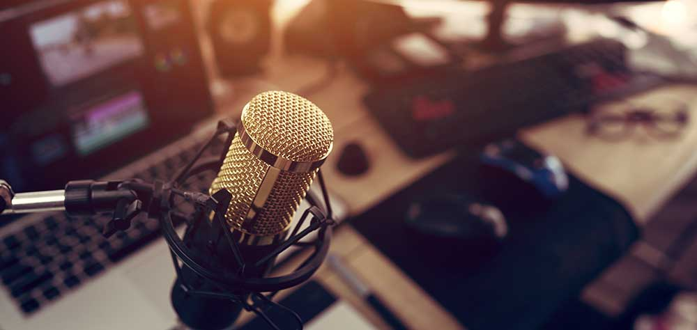 Welcome To Jambo! Radio Welcome to Jambo! Radio. Keep up to date with the latest news going on in the afro-caribbean community in Glasgow from our radio station.