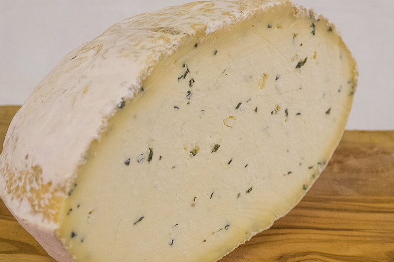 Sharpham Rustic w- Herbs-Garlic