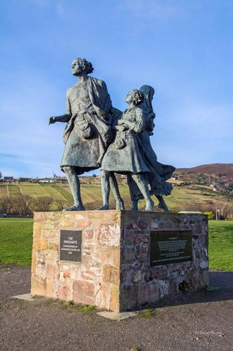 The Highland Clearances A brutal attempt to wipe out an entire culture and displace thousands of people, and how it can be linked to modern Scottish nationalism