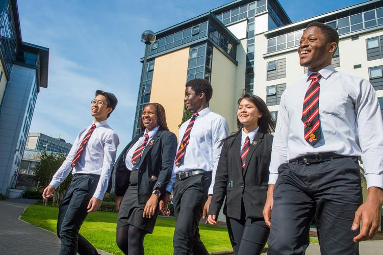 Cardiff Sixth Form College Cardiff Sixth Form College is a world-class co-educational independent top boarding situated in Cardiff Wales.