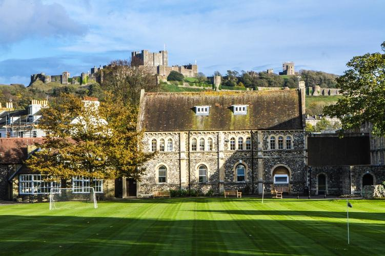 King William's College King William's College is an independent boarding school located in the Isle of Man.