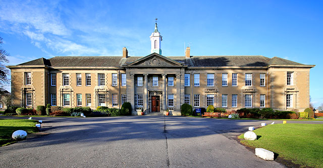 Merchiston Castle School Merchiston Castle School is an independent Boarding school for boys is located in Scotland.