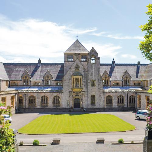 Myddelton College Myddelton College is an independent contemporary co-educational boarding school located in Denbighshire.
