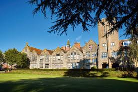 Sherborne Girls Sherborne Girls is an independent boarding school for girls located in Sherborne, Dorset,South West England