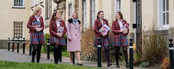 St George's School for Girls St George's school for Girls is the largest all girls' school from 2 to 18 years old.,Located in Edinburgh , Scotland.