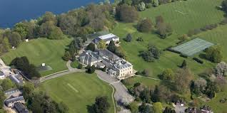 Westbourne School Westbourne School is a small boarding school located in Cardiff, Wales.