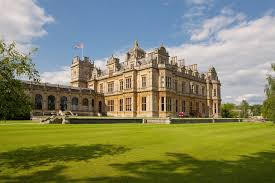 Westonbirt School Westonbirt School is an co-educational independent day and boarding school for boys and girls aged 11-18  located in the Gloucestershire in the South West of England