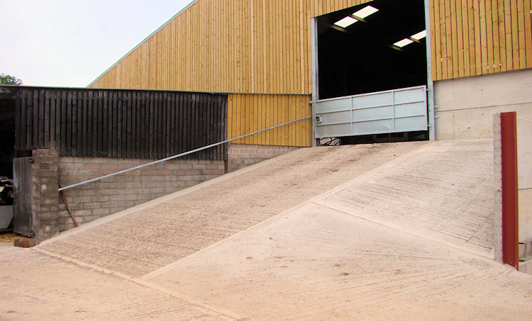 Agribuild Construction. Agricultural Construction company livestock buildings barns, Milking Parlours, dairys, stabling, cubicle buildings, Silage Clamps, Concrete Yards, Slurry Storage, Grain Storage, Concrete Panelling, Ground Works South West in south west uk and South West England.  Agricultural Construction livestock buildings South West. Based in Nr Bath Somerset