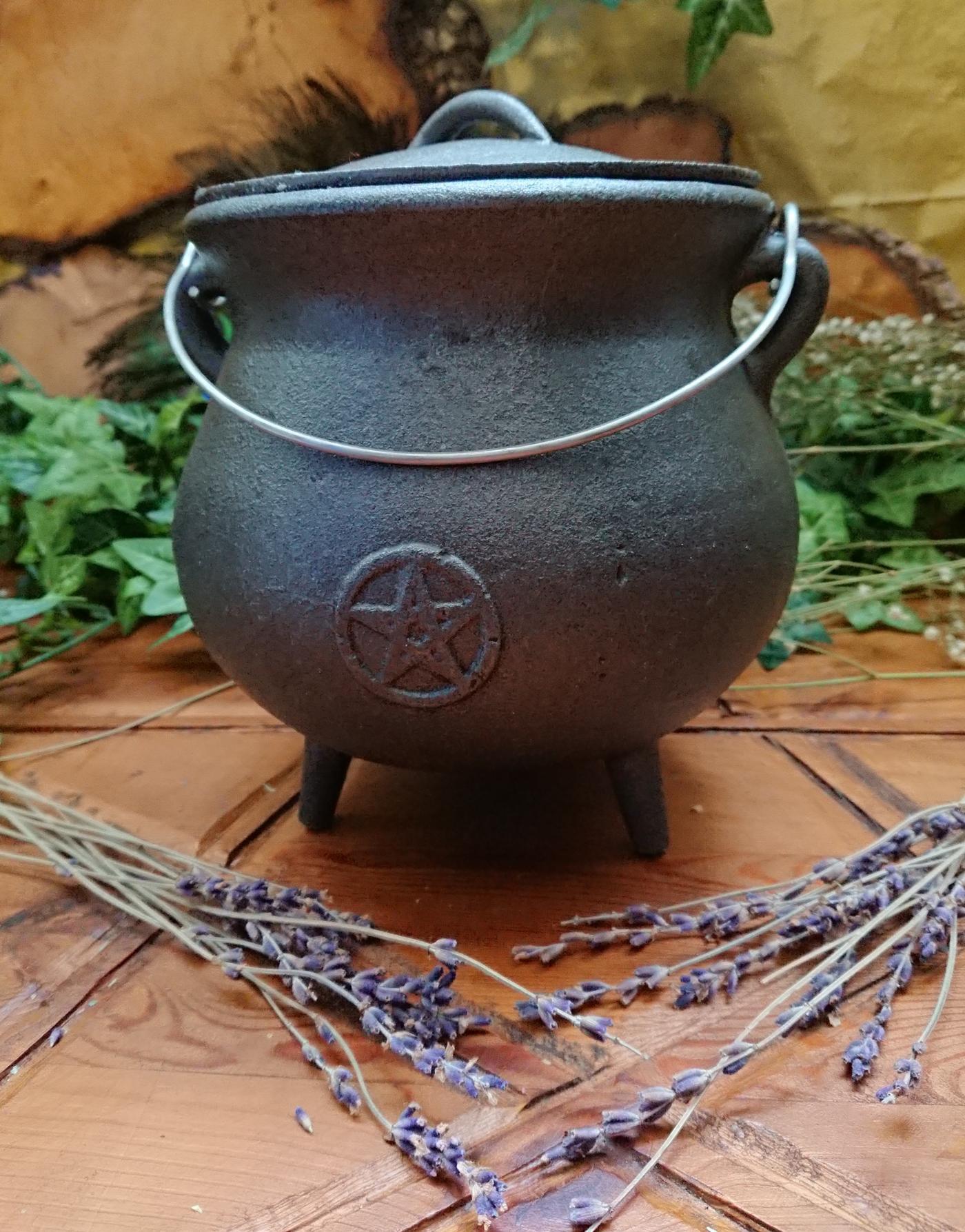 Large Witches Cauldron
