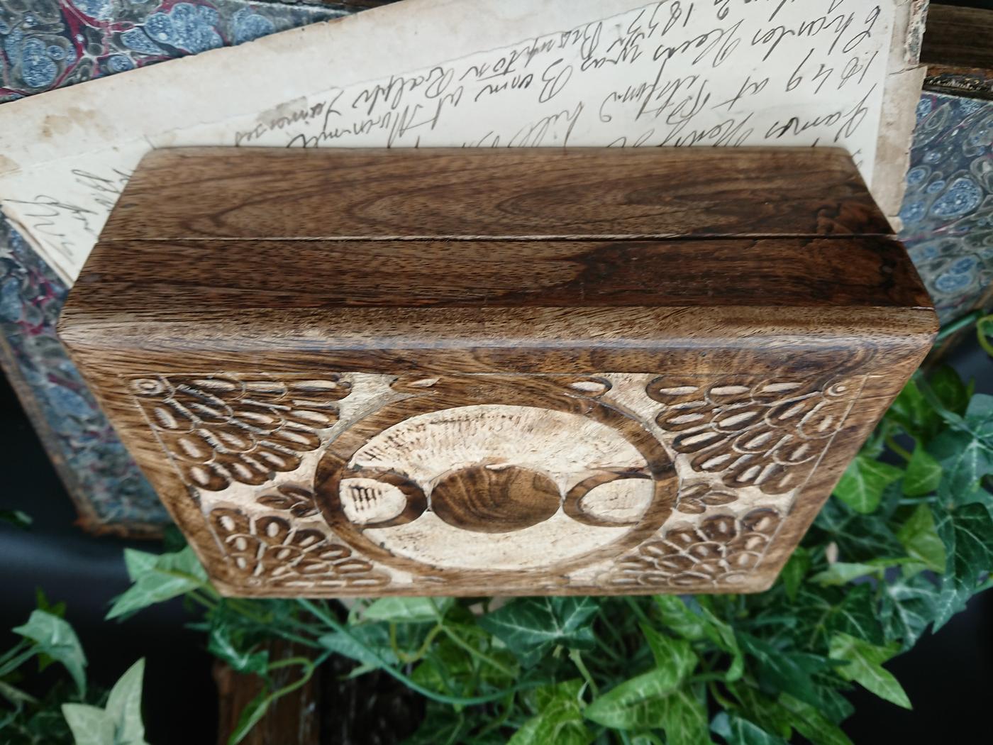 Triple Moon Tarot card Box