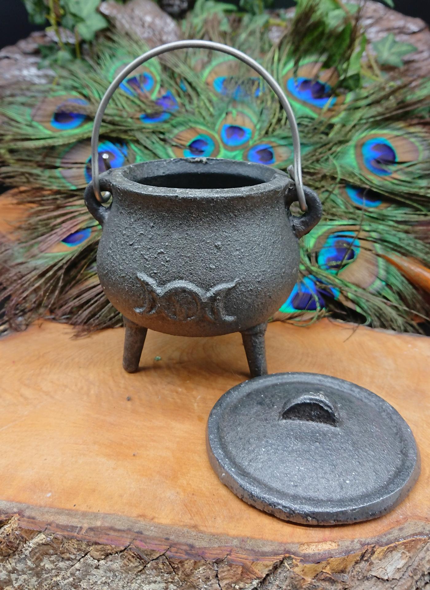 Witches Triple Moon mini Cauldron